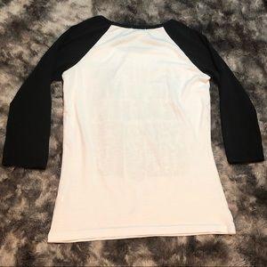 Tops - 3/4 inch sleeve T-shirt